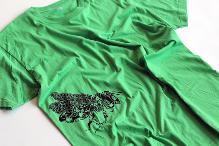 Men - Green with black Bee - XL (S072)
