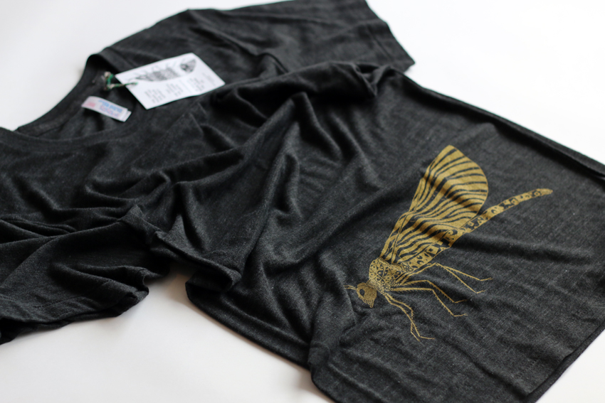 Men - Tri-black with golden Damselfly - S (TS019)