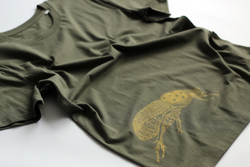 Men - Khaki with golden Scarab beetle - S (TS027)